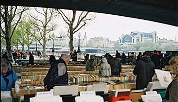 Riverside Walk Market