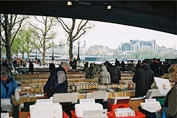 Riverside Walk Market